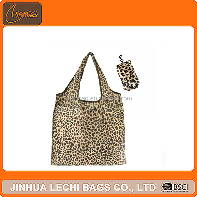 Lastest design leopard nylon shopping bag wholesale