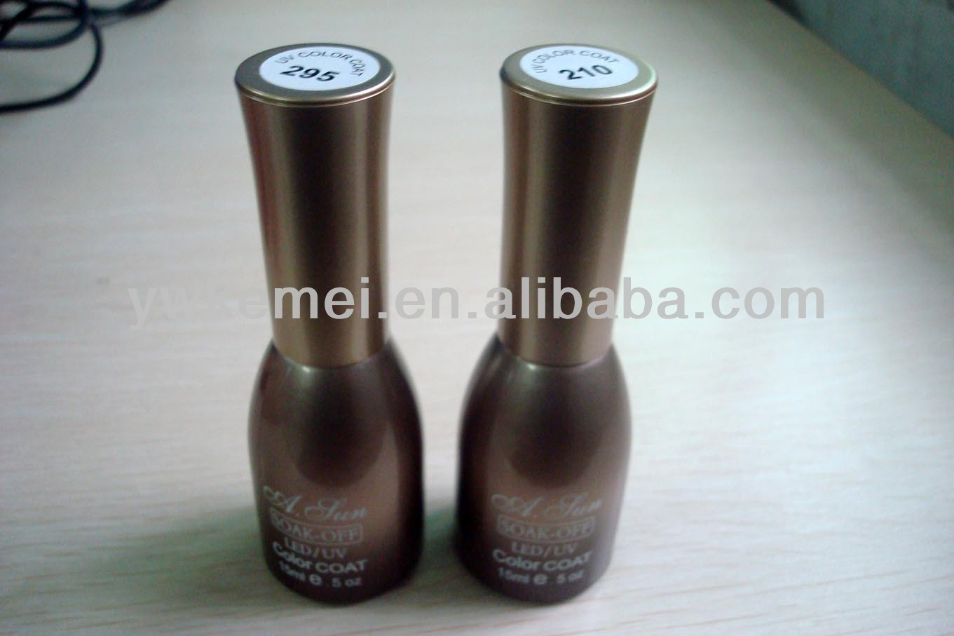2013 hot sell 15ML color gel polish,gel nail polish, UV polish