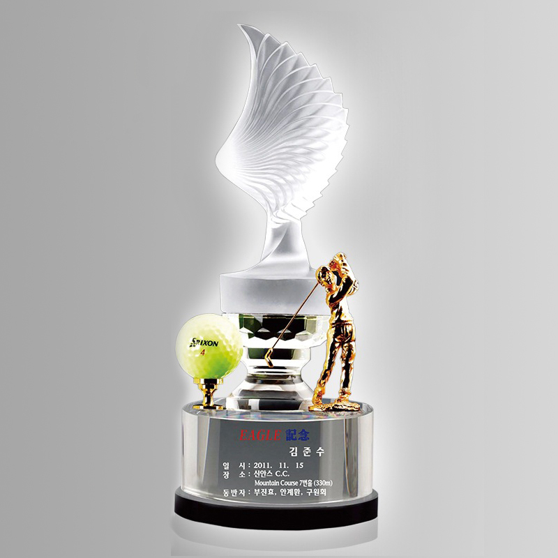 New style cheap golf crystal cup trophy metal crystal trophy with earth shape excellent home table decoration