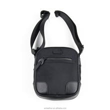 LT-1025 Factory Direct Sell OEM Fashion New Design Custom Black Small Casual Daily Use Nylon Mens Shoulder Bag