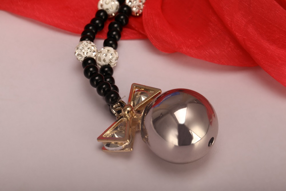 Customize Fancy Long Chain Nceklace / Beaded Necklace With Ball Pendant