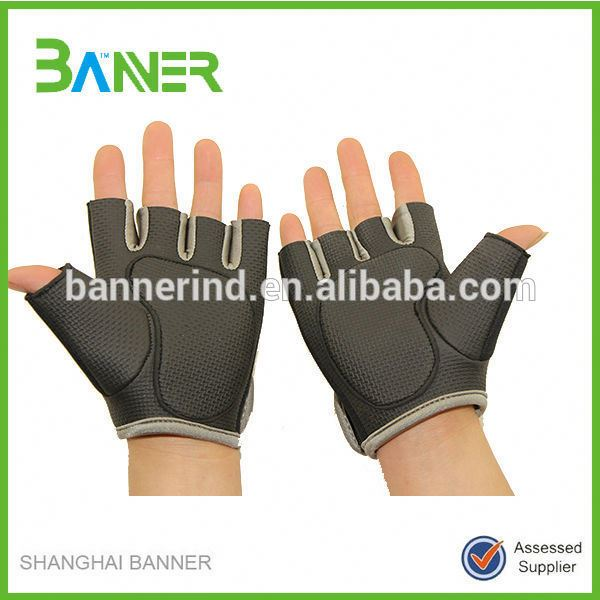 Cheap GYM half finger non slip Sports hand protection Neoprene gloves