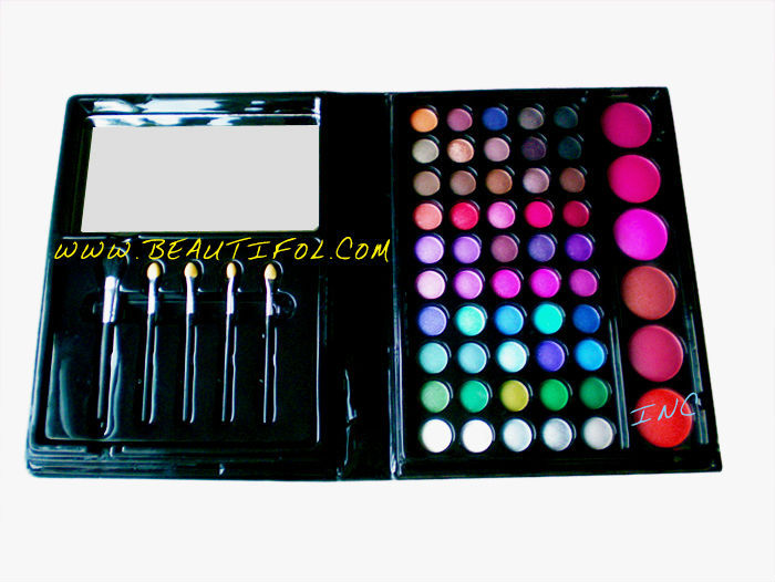 Wow! 50 color eye shadow + 6 color blush + 5 brushes combo makeup palette, easily colored & remove eyeshadow makeup