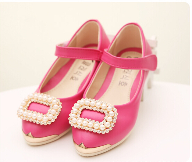 2015 spring and autumn pearl soft child leather girls leather shoes velcro princess shoes free shipping