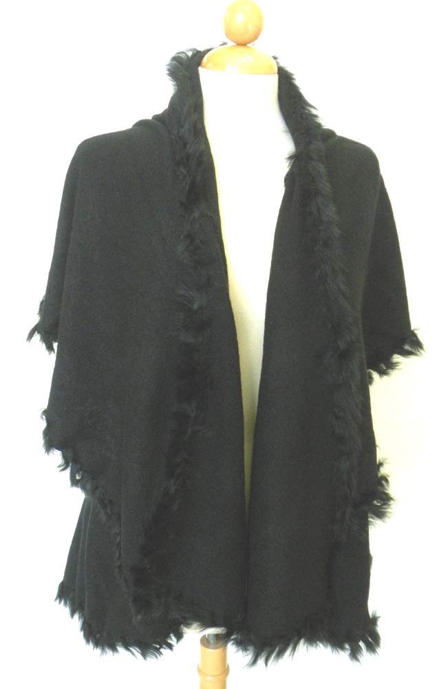 Poncho Cape Shawl Silk Cotton Blend With Faux Fur Collar, Designed is Sassy and Flirty and One Size Designed for Petite to Average-Sized Women , An Exciting Wardrobe Addition For Cooler Weather. Fits Most Women Small to Medium.Autumn Winter New Women's Long Knitted Cardigan Sweater Fashion Fake Fox