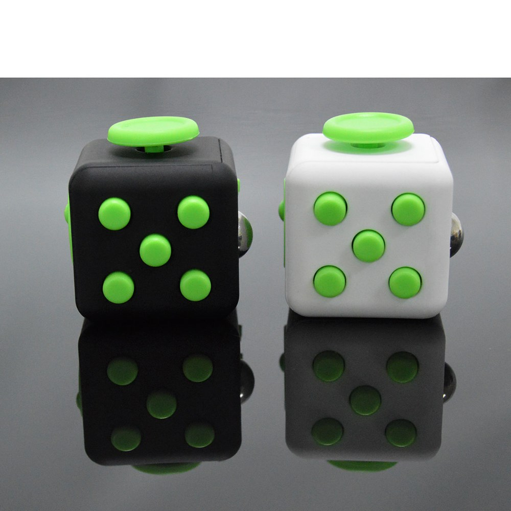 wholesale!Mini Fidget Cube Toy Vinyl Desk Finger Toys Squeeze Fun Stress Reliever 3.3cm High Quality Antistress Cubo