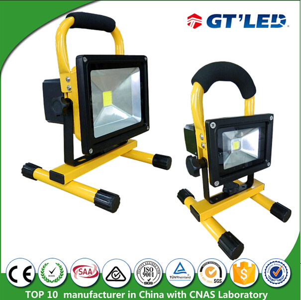 short circuit protection 10W 20W rechargeable led flood light with usb for charging mobile phone