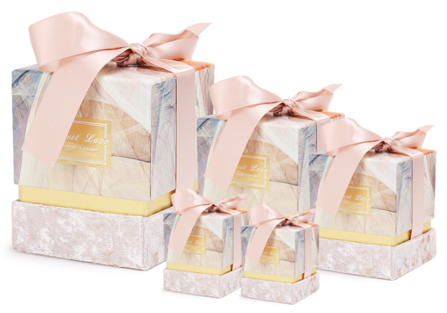 Free Sample Various Good Quality Square Valentine's Day New Year Packaging Gift Mini Paper Box