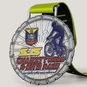 High quality custom metal soft enamel sports award cycle race finisher medal
