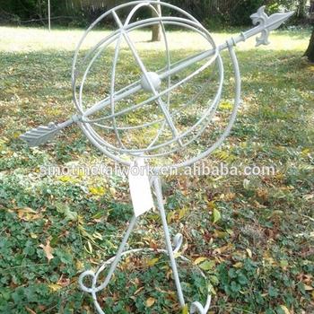 Garden Decoration Iron Arts Luxury White Metal Gardena Spherical Obelisk  Wrought Iron Round Obelisk