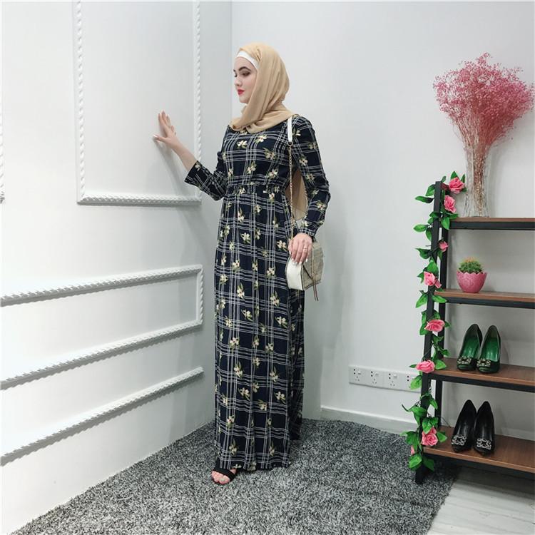 4cb0c7cd6f8e7 Güzel siyah Islam Kadın Pamuk Baskı çiçek Elbise Dubai Türkiye Endonezya