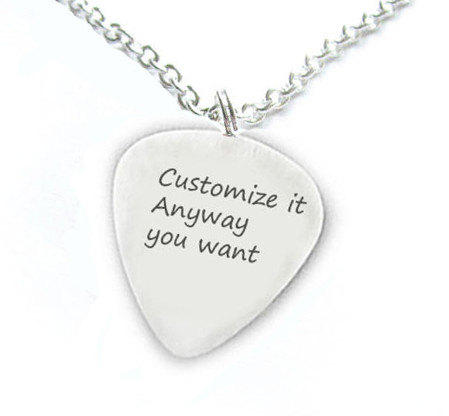 Best selling fashion zinc alloy silver tone custom any words guitar pick pendant