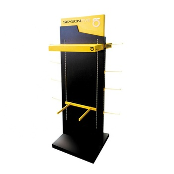 garment shop custom floor standing wood display racks/display rack for clothes/Clothes Display Rack