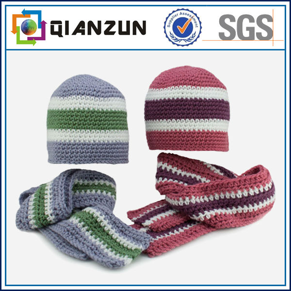 ST-Tr010sports/football knitted three sets ,scarf, hat ,glove 100%acrylic jacquard/embroider pattern OEM/ODM