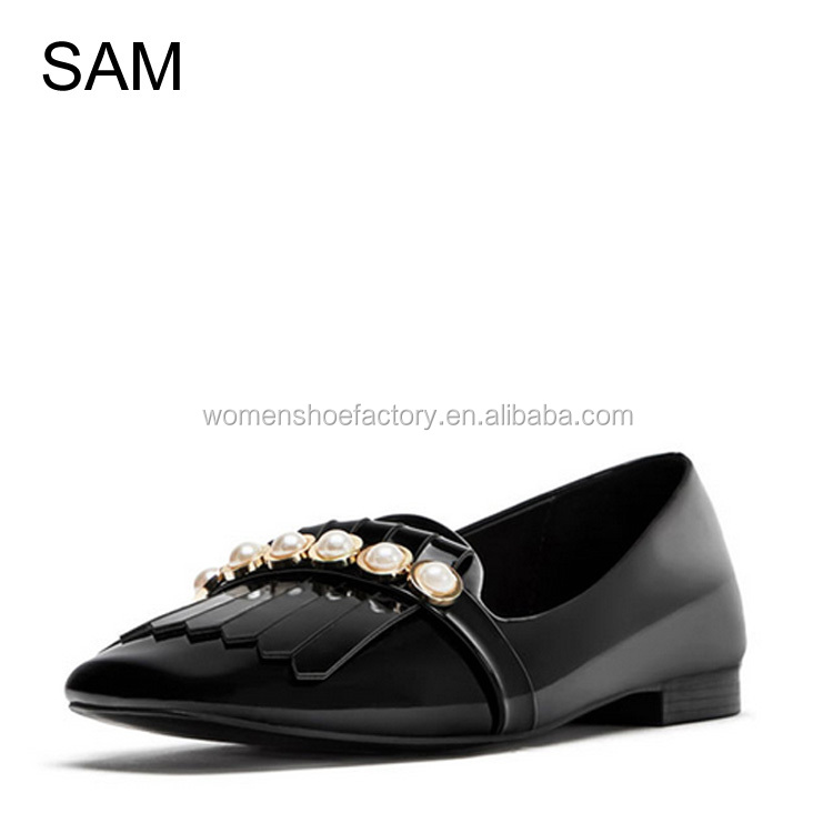 factory design new fashion flat quality black pearl casual shoes for ladies