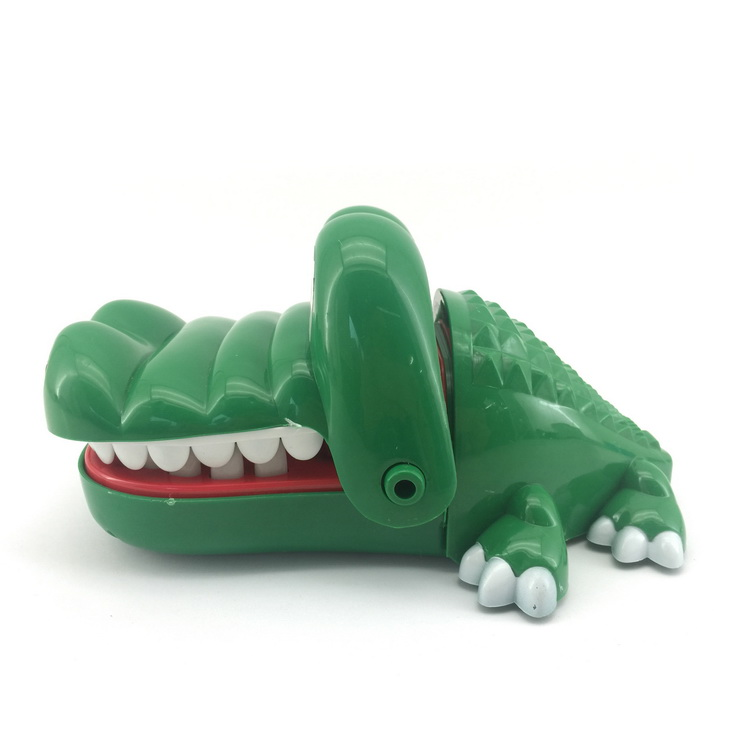 Crocodile teeth bite finger plastic educational courage crocodile toy for kids