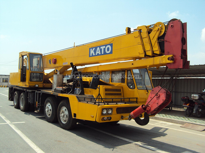 Secondhand kato truck crane 30ton, used truck crane kato 30 ton, hot sale in shanghai, CHEAP!