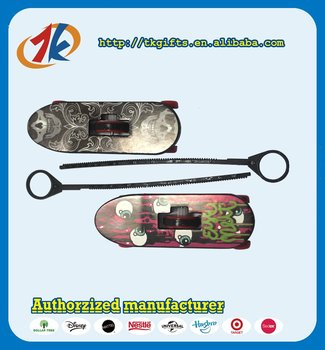 Trustworthy China supplier Plastic ripcord skateboard toy