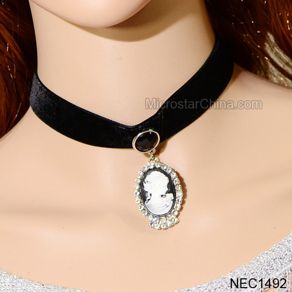 2014 Trending Hot Dubai Accessory ,Imitation Jewelry,China Fashion Rhinestone Bride Choker Necklace