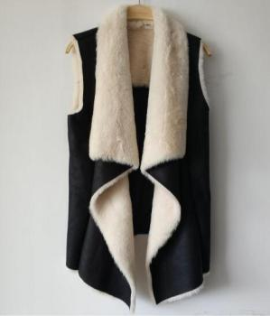 Ladies Fashion Black Foil Print Suede Vest with Faux Fur Lining