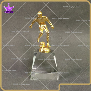 2015 Noble high quality metal soccer Figurine award with free engraving logo