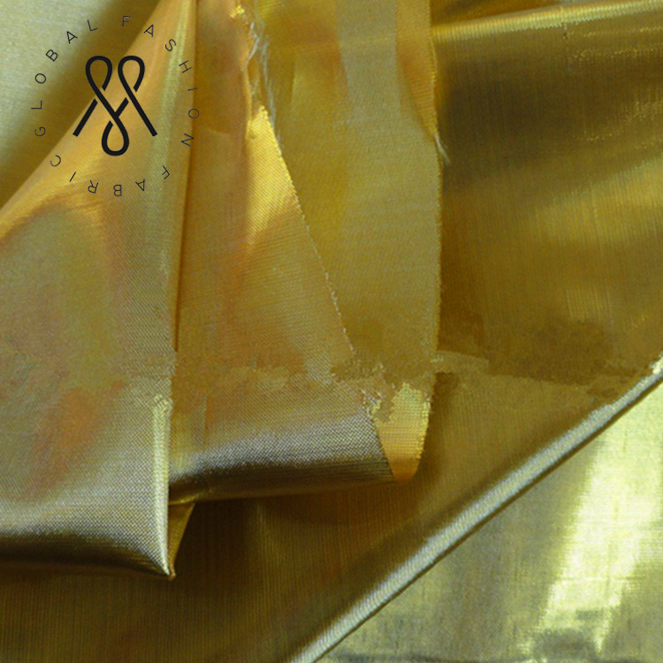 China Manufacturer 100% Polyester Christmas Gold Tissue Lame Fabric
