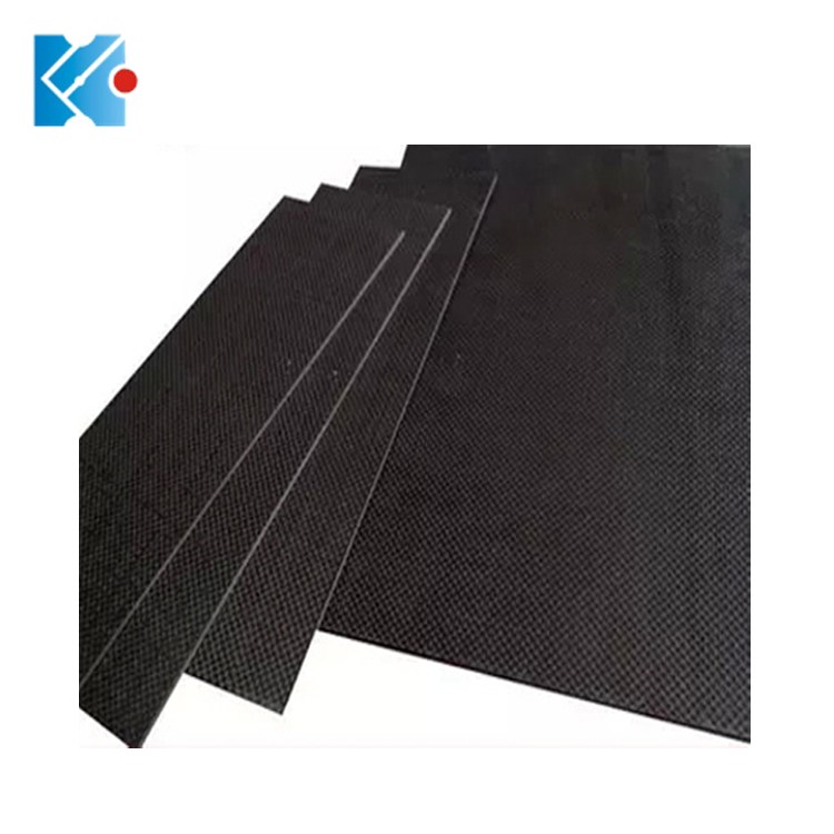 High strength 3k <strong>carbon</strong> fiber sheet 400*500mm with 2.0mm thickness
