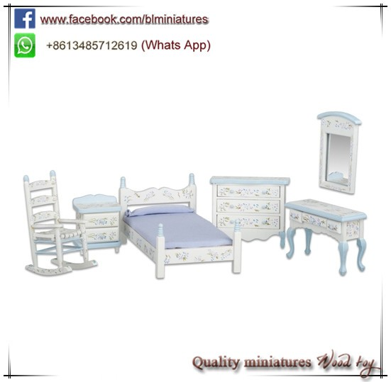 Wooden Dolls House Furniture 1:12 Scale Bedroom Set Kids Toys Dollhouse Supplies