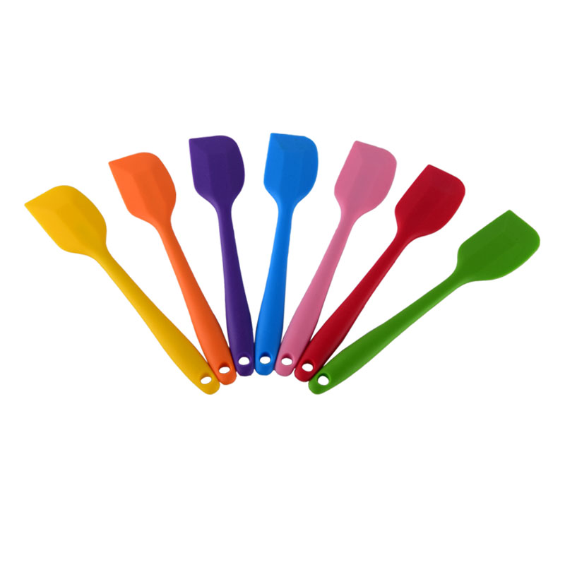 Kitchen Turner Non-Slip Cooking Utensils Slotted Silicone Turner with Iron Core