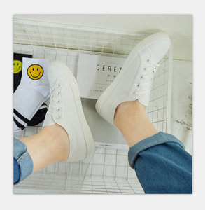 CN009 Art and leisure department with low - top canvas white shoes men's shoes
