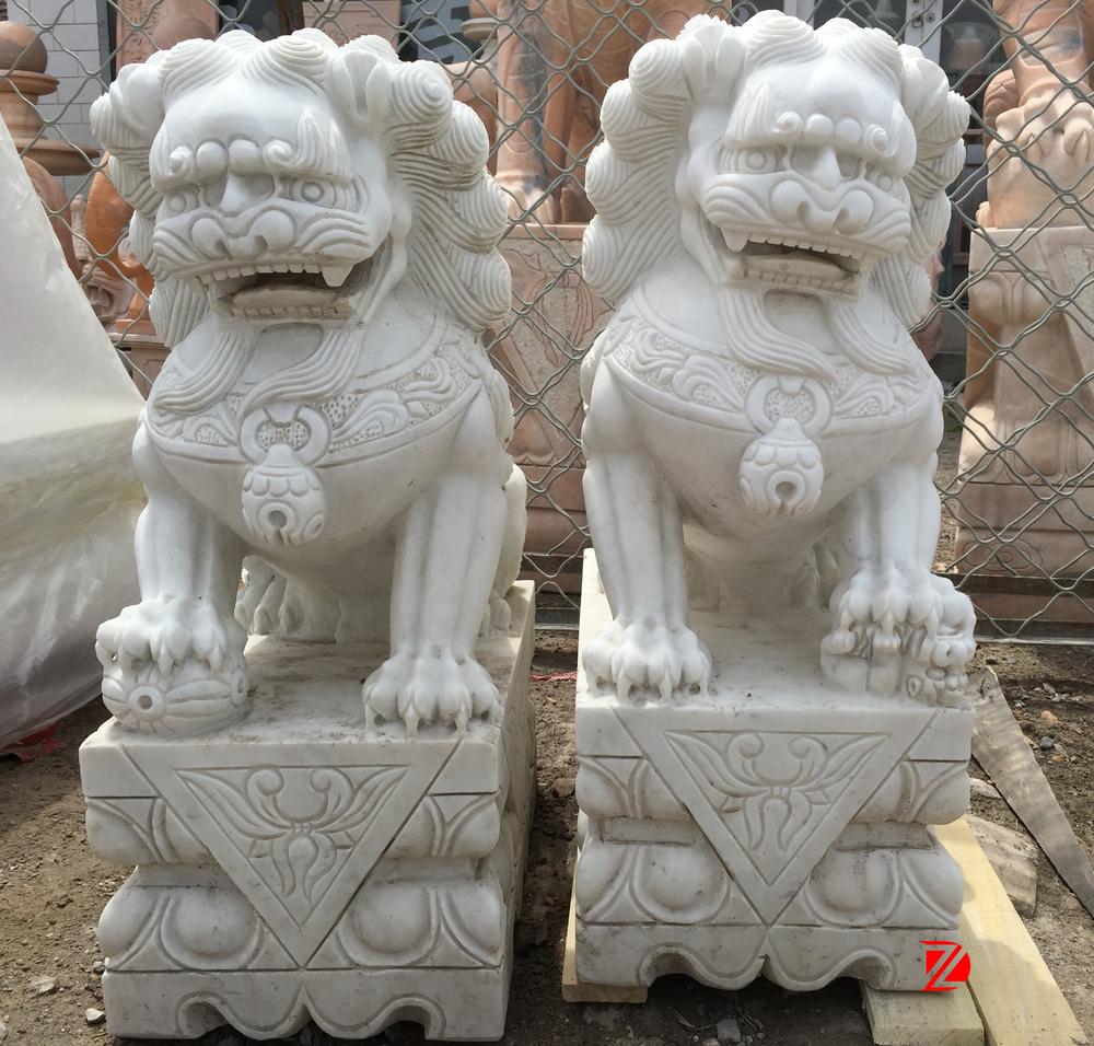 Wit Marmer Met De Hand Gezwicht Chinese Leeuw Foo Hond Fu