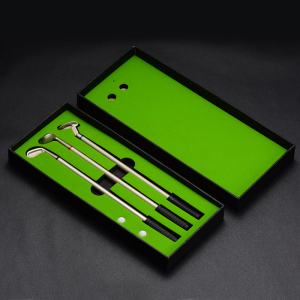 Golf Pen Set Mini Desktop Golf Ball Pen Gift Set with Putting Green Flag 3 Colors Metal Golf Clubs Models Pens 2 Balls