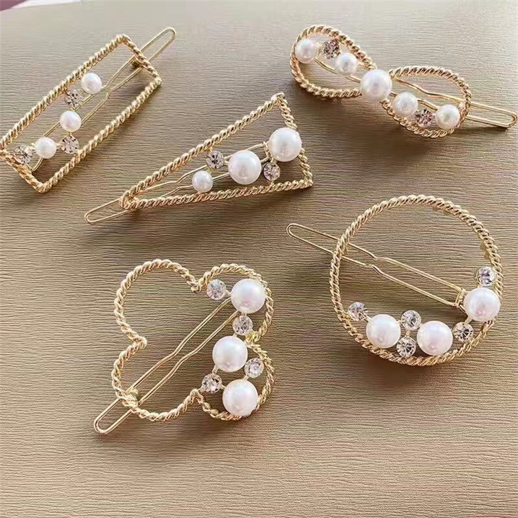 2019 New Arrival Luxury Shiny Crystal Rhinestone GIRLS BOYS HEAVEN Letter Hair Accessories Hairclips Hairgrips