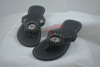 de4fe5279 Maasai Sandals With Purple Beaded Jeweled Flower - Buy Maasai ...
