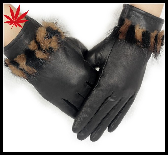 fashion elegant women leather gloves with ture fur surround the cuff