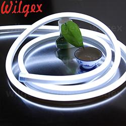 คุณภาพสูงและใช้กันอย่างแพร่หลาย 360 องศาวงกลม dia 18mm 16mm neon led strip 360 rgb led neon เชือก 360