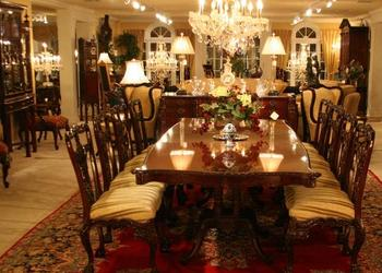 https://sc01.alicdn.com/kf/HTB1CHwfJFXXXXXnXVXXq6xXFXXXc/Georgian-Lane-Dining-Room-Table-And-Chair.jpg_350x350.jpg