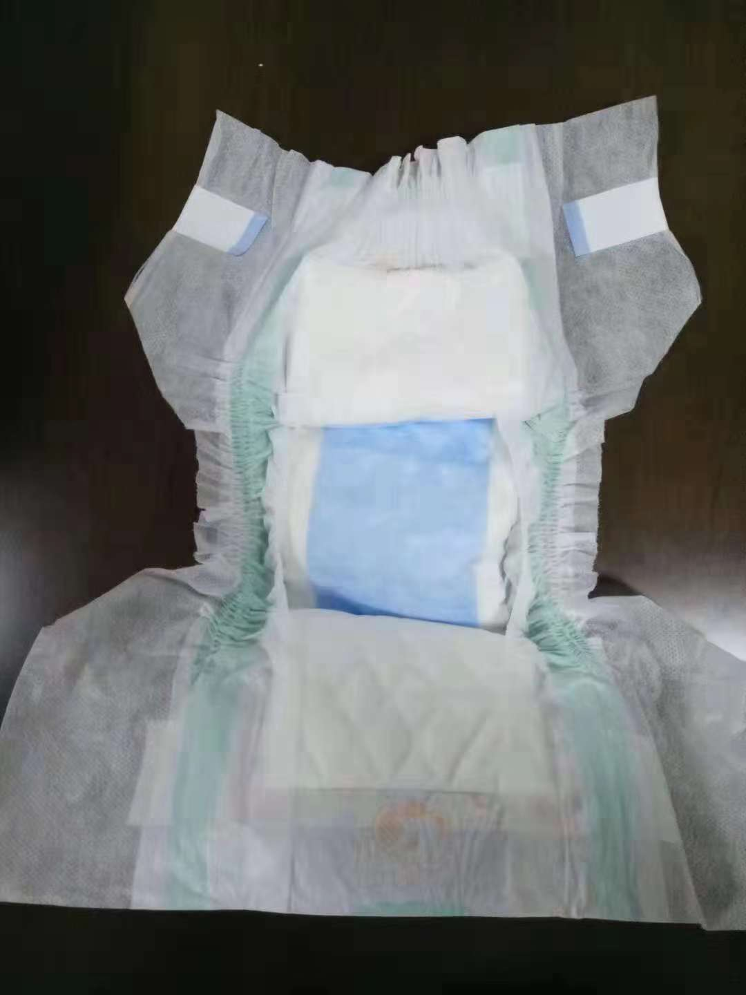 Disposable stock lot baby diapers at a good price