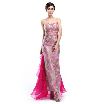 Desain Terbaru Semi Sayang Backless Wanita Memakai Gaun Gaun Pesta
