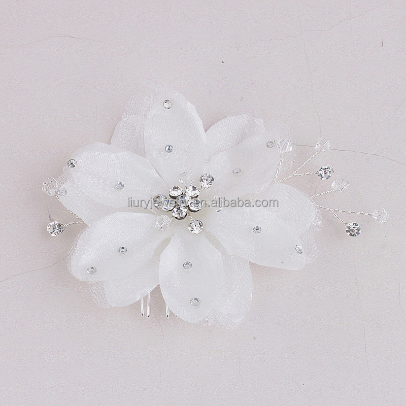 2017 bridal white crystal yarn flower wedding head jewelry flowers women beautiful all matched fashion hair combs
