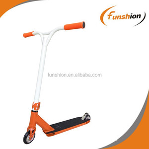 EN 14619 approved kids dirt scooters, head stunt kick scooter for europe