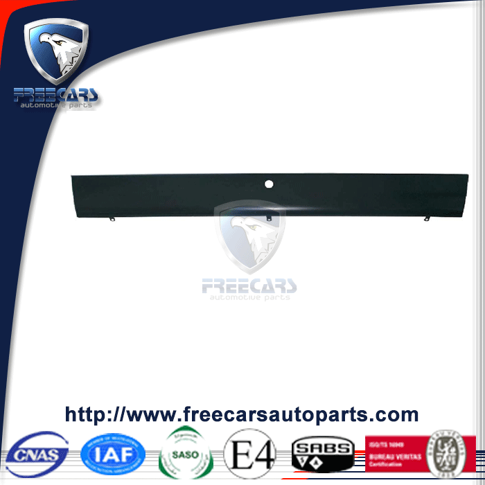 Good quality track parts for Volvo bumper , middle steel bumper for sale 20398709 20429679 20711859