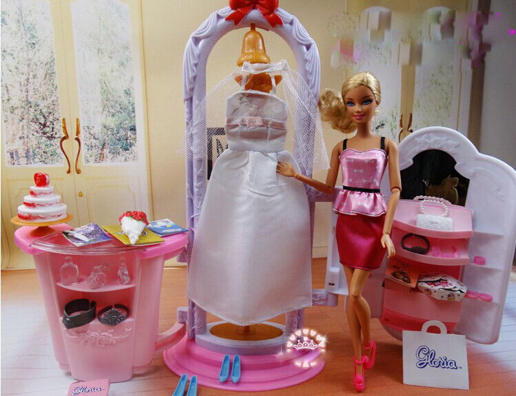 Barbie Bedroom In A Box: Changing Make Up Room Set / Dollhouse Furniture Puzzle