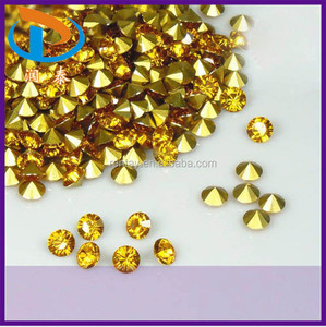 High Quality SS8(2.3-2.4mm) Gold Pointed Back Acrylic Rhinestone Glass Chatons