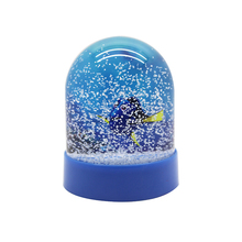Custom photo snow globe picture inserted inside plastic <span class=keywords><strong>snowglobe</strong></span>