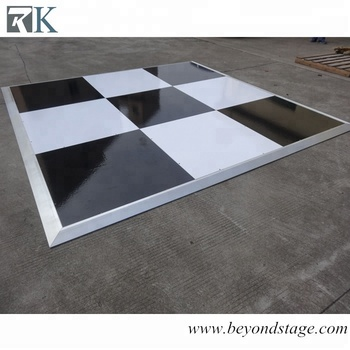 Outdoor Portable Black And White Checkered Vinyl Floor