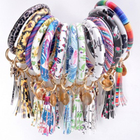 Fashion Accessories Oversized O Bracelet Keyring Monogrammed Leather Wristlet Bracelet Bangle Keychain Jewelry For Women Men