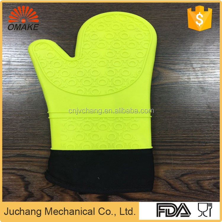 Plastic cutting wheel latex gloves in household in Nanjing
