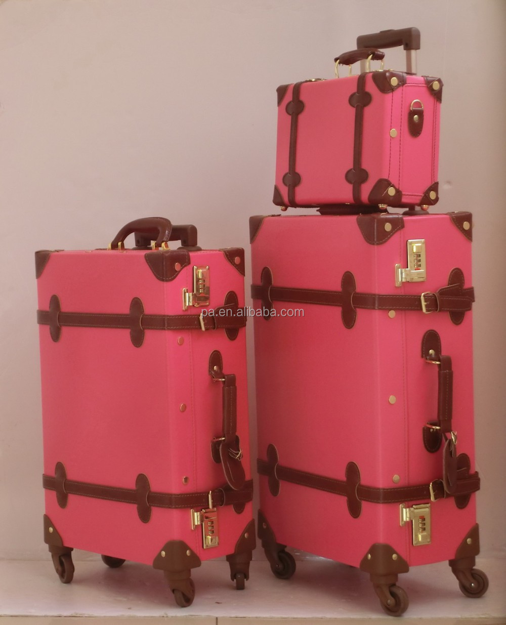 pink vintage suitcase old looking with spiner wheels buy vintage suitcase pink leather. Black Bedroom Furniture Sets. Home Design Ideas
