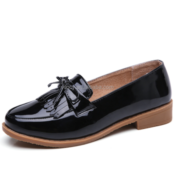 Women Tassel Slip-on Moccasin Loafer